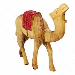 Верблюд из оливкового дерева