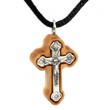 Нательный деревянный крест