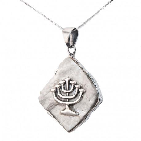 Серебряная Менора на Иерусалимском камне
